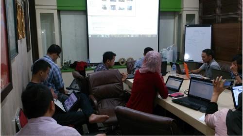 Belajar Bisnis Online Lewat HP Sendiri