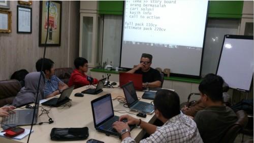 Kursus belajar bisnis online di Glodok Harmoni