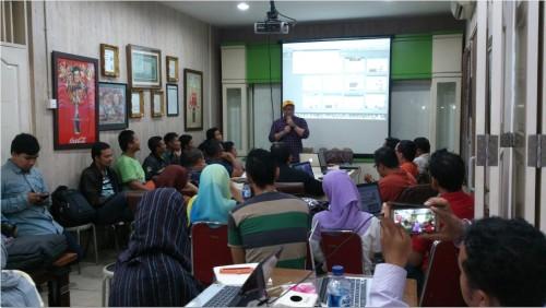 Kursus Bisnis Online untuk Karyawan di Senen