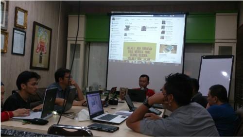 Kursus Bisnis Online untuk Karyawan di Kebon Jeruk