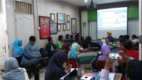 Bisnis Sampingan Karyawan di Ciledug