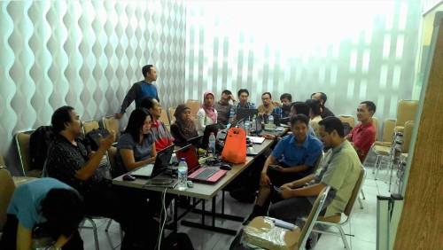 Kelas Malam SB1M untuk Karyawan di Surabaya