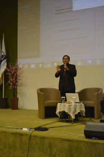 Pembicara Bisnis Online Nomor Satu Andreas Agung