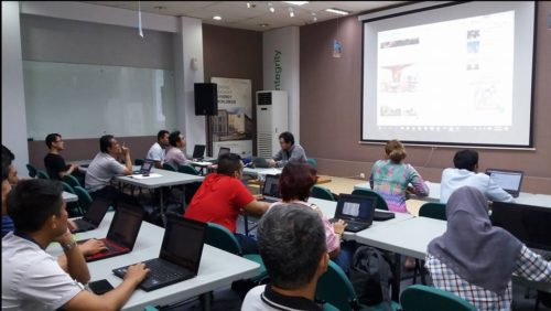 Seminar Workshop Digital Marketing SB1M di Tegal