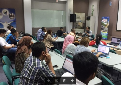 Kelas Internet Marketing SB1M di Taiwan