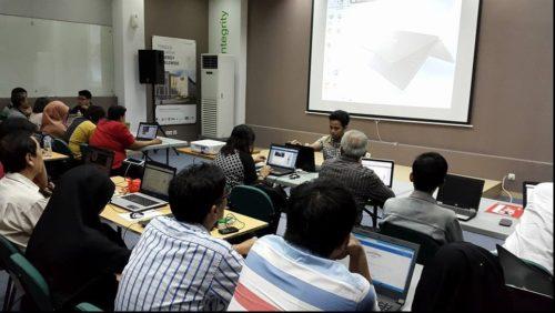 Seminar Workshop Digital Marketing SB1M di Kediri