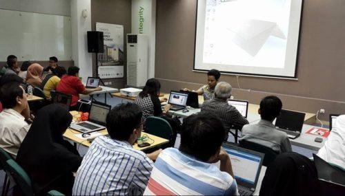Seminar Workshop Digital Marketing SB1M di Palu