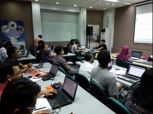 Seminar Workshop Digital Marketing SB1M di Tarakan