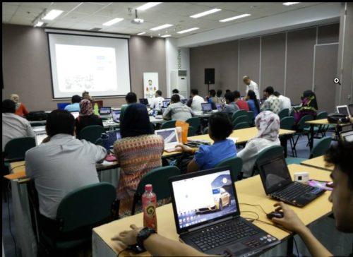 Seminar Workshop Internet Marketing SB1M di Pontianak