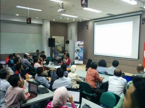 Seminar Workshop Internet Marketing SB1M di Singkawang