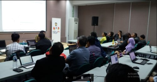 Seminar Workshop Bisnis Online SB1M di Ambon