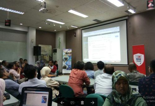 Seminar Workshop Digital Marketing SB1M di Halmahera