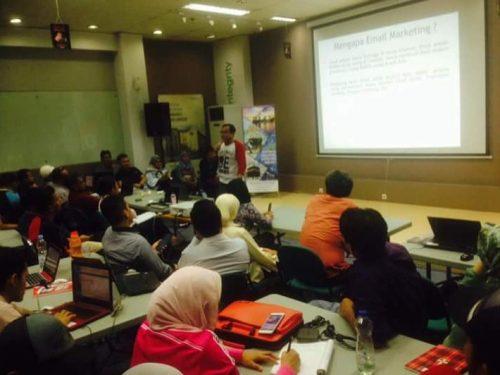 Sekolah Digital Marketing Terbaik Terfavorit di Bandung