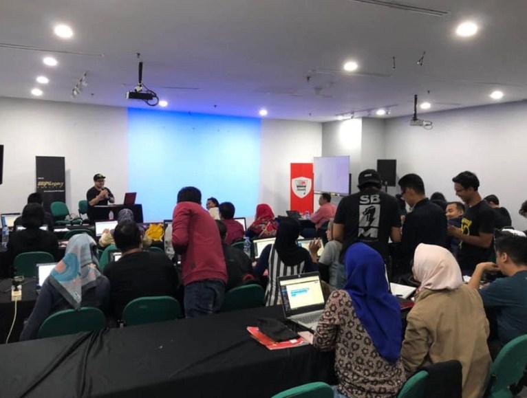 Kursus Dropship Terbaik Terlengkap di Tangerang