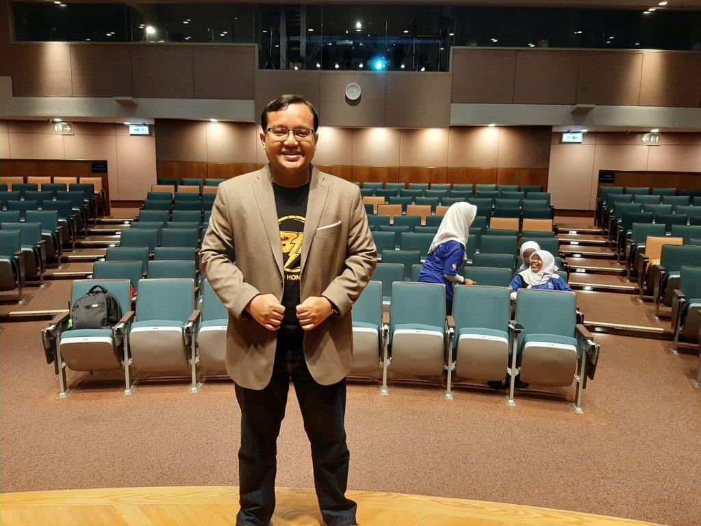 Pakar Bisnis Online Indonesia Andreas Agung