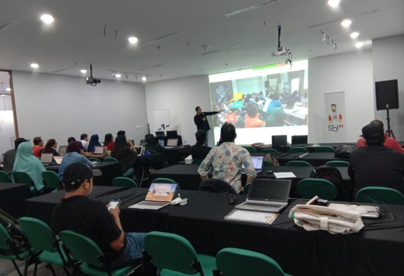Kursus Bisnis Online Terlengkap di Halim Perdanakusuma