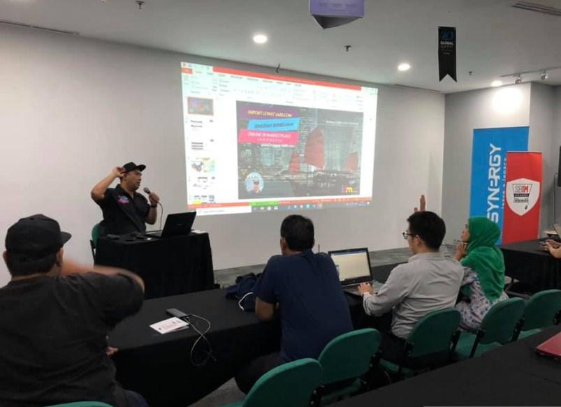 Pendidikan E-commerce Bisnis Terbaik di Indonesia
